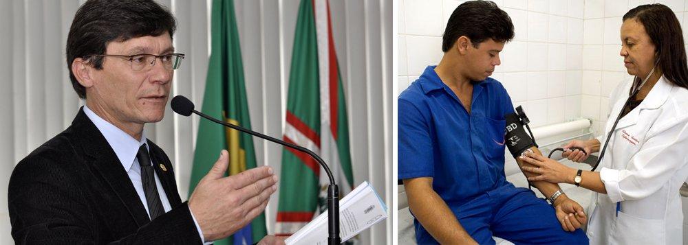 O parlamentar Pedro Paulo antecipou que está em estudo criação de regime de urgência para projetos do Executivo; os vereadores de Curitiba aprovaram, também, o crédito orçamentário em segundo turno