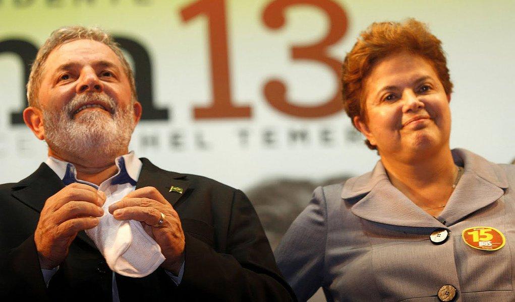 Esta sexta-feira (6) será de intensa movimentação política e eleitoral em Porto Alegre; a presidenta Dilma Rousseff (PT) e o ex-presidente Lula (PT) desembarcam na Capital gaúcha para participar de uma série de eventos oficiais e partidários, dando a largada extraoficial da campanha do governador Tarso Genro (PT) à reeleição