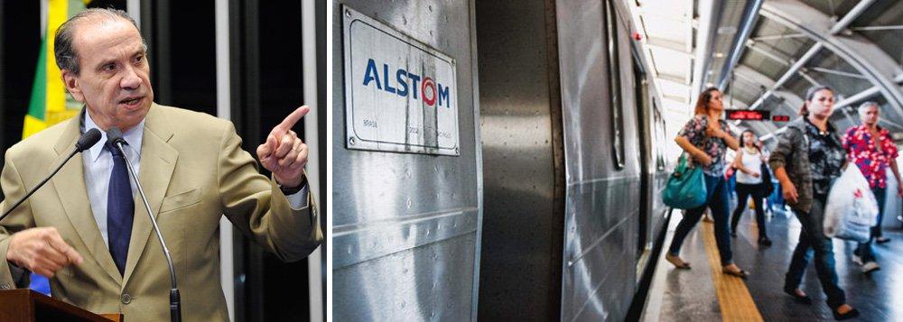 Senador do PSDB paulista perde a estabilidade; cotado para ser vice de Aécio Neves, ele se queimou ao xingar, ontem, blogueiro que lhe dirigiu uma pergunta sobre escândalo de distribuição de propinas Alstom-Siemens; agora, depois de ter assinado pedido de instalação da CPI da Alstom, retirou seu próprio nome; desorientação pode lhe custar o futuro na chapa presidencial