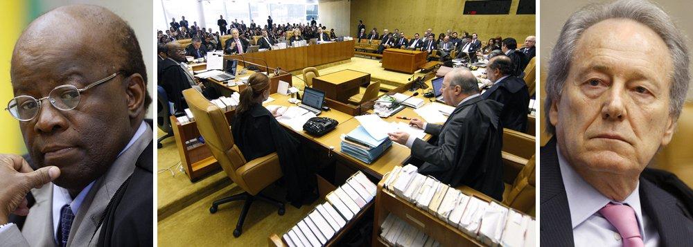 """Sobre bate-boca protagonizado por ele e pelo ministro revisor da Ação Penal 470, Ricardo Lewandowski, na semana passada, Joaquim Barbosa declarou hoje que não teve a intenção de """"cercear a livre manifestação da corte"""", mas ressaltou que, como presidente do tribunal, tem a """"obrigação de zelar pela celeridade dos trabalhos""""; Lewandowski agradeceu o apoio de magistrados, jornalistas e políticos e disse que quer """"deixar de lado"""" o episódio """"lamentável""""; Barbosa acusou o colega de fazer """"chicana"""" na última sessão do Supremo"""