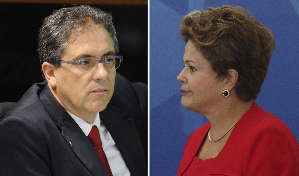 """Deputado federal do PT, Carlos Zarattini afirma que """"existe uma ofensiva de interesses econômicos, na mídia, para fazer o governo mudar a sua política econômica, sempre propagando notícias pessimistas, e isso influencia a população""""; """"Acho que a maior causa da pequena queda na pesquisa é um noticiário violentamente pessimista contra o governo""""; ressalta; na pesquisa Ibope/Estadão, divulgada na sexta-feira (22), Dilma, que tinha 43% de aprovação em dezembro, agora, pontuou em 39%"""