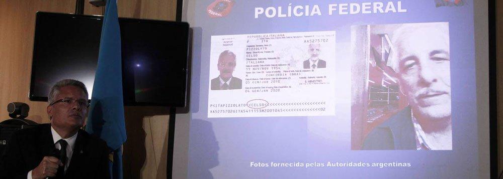 Ex-diretor de Marketing do Banco do Brasil Henrique Pizzolato, condenado a 12 anos e sete meses de prisão por lavagem de dinheiro e peculato na Ação Penal 470, o processo do mensalão, fugiu do Brasil em setembro do ano passado, antes do fim do julgamento, e foi preso em fevereiro, em Maranello, na Itália;acompanhar a decisão, a Procuradoria-Geral da República (PGR) enviou à Itália os procuradores Vladimir Aras e Eduardo Pelella