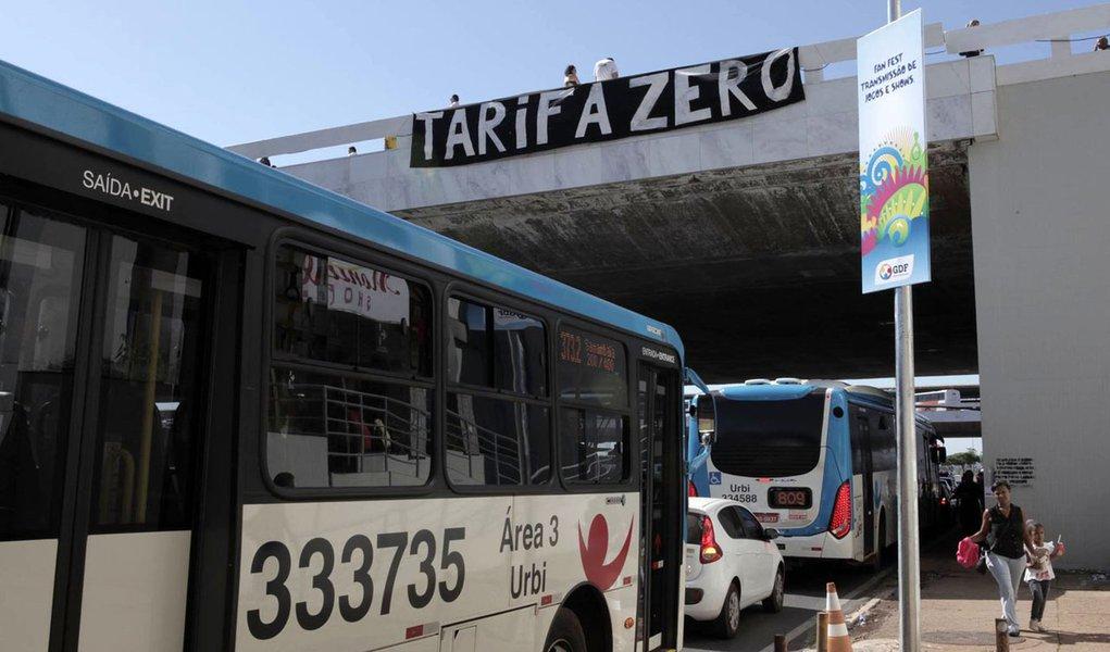 Movimento Passe Livre faz ato público na Rodoviária do Plano Piloto, nesta sexta-feira (6) às 16h; a organização propõe a estatização dos serviços de transporte e prepara um projeto de lei que será divulgado em breve