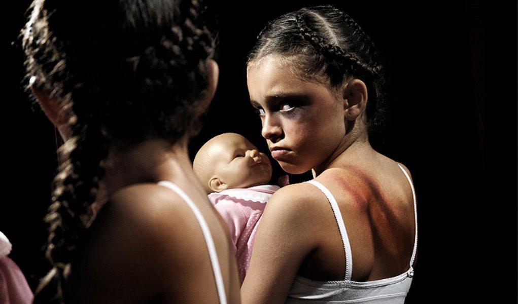 Cerca de 120 milhões de meninas no total já foi forçadas a ter relações sexuais ou participar de outros atos sexuais, e as taxas são ainda maiores na África subsaariana, de acordo com a Organização das Nações Unidas (ONU), que analisou dados de 190 países