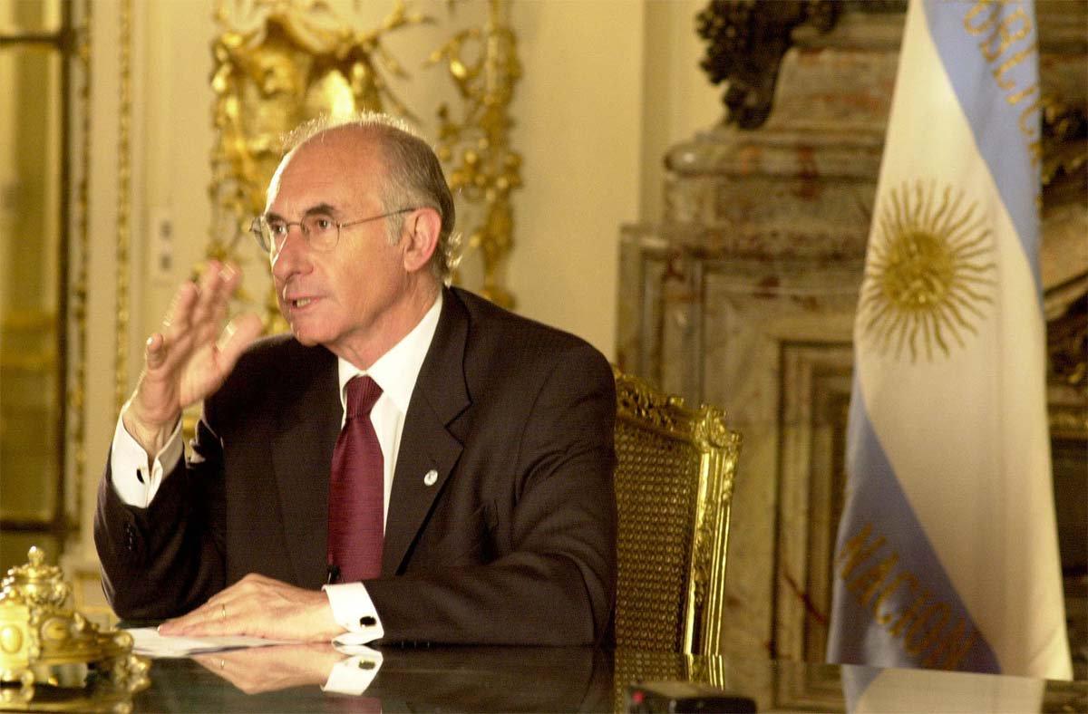 O ex-presidente argentino Fernando de la Rúa foi absolvido da acusação de ter subornado senadores para a aprovação da Lei de Reforma Trabalhista, em abril de 2000