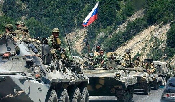 País anunciou a realização de novos exercícios militares envolvendo aviões bombardeiros e caças, nesta segunda-feira, numa demonstração de força perto da fronteira com a Ucrânia; porta-voz da força aérea disse que mais de 100 aviões e helicópteros serão empregados nas manobras de segunda a sexta-feira