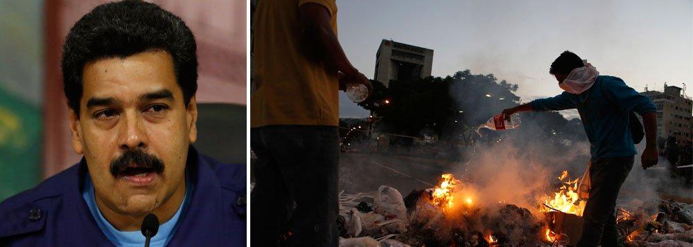 """""""Com esta comissão, vamos investigar a fundo o que aconteceu durante este intento de golpe fascista e descobrir quem foram os autores dos assassinatos cometidos aqui"""", disse o presidente venezuelano, que informou quetambém convocará a oposição para participar da comissão da verdade; governo contabiliza 11 mortes durante manifestações, embora a imprensa local registre 13"""