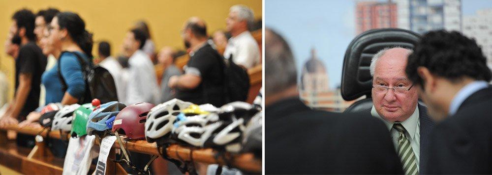 A discussão sobre a validade da aprovação do projeto de lei que cria o Fundo Municipal de Gestão do Plano Cicloviário Integrado continuou no início da sessão da Câmara Municipal de Porto Alegre; a aprovação da proposta gerou protestos de parlamentares da base, especialmente do vereador João Carlos Nedel (PP), que na ocasião pediu verificação nominal dos votos para o presidente do Legislativo; a solicitação de Nedel, porém, não foi atendida, pois os vereadores de oposição retiraram o quórum naquele momento.