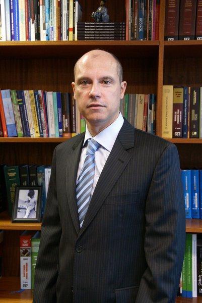 O polêmico Fausto de Sanctis afirma que os embargos infringentes, que podem reduzir as penas de alguns réus do chamado mensalão, constituem privilégio injustificável