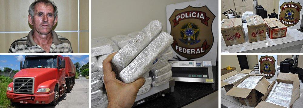 Agentes da Polícia Federal em Pernambuco realizaram a apreensão de 52,1 quilos de pasta base de cocaína; o volume, suficiente para produzir 156 quilos de crack, equivalente a 625 mil pedras de crack, é considerada a maior apreensão do ano até o momento; o caminhoneiro responsável pelo transporte do entorpecente, Lauro José Schutz, 50 anos, foi preso durante a operação; de acordo com a PF, até este domingo (20) haviam sido retirados de circulação 132,1Kg de pasta base de cocaína, 79,5kg de maconha e 17,1Kg de cocaína pura, e doze pessoas teriam sido presas por envolvimento com o narcotráfico