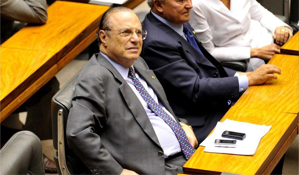 Decisão desta segunda-feira por 4 votos a 3, no Tribunal Regional Eleitoral de São Paulo, tem como base a Lei da Ficha Limpa; entendimento é que a condenação de Paulo Maluf no caso do superfaturamento na obra do túnel Ayrton Senna, quando era prefeito, o impede de se eleger por improbidade administrativa