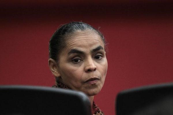 A ex-senadora Marina Silva participa de uma sessão do Tribunal Superior Eleitoral, em Brasília, em outubro do ano passado. 03/10/2013 REUTERS/Ueslei Marcelino