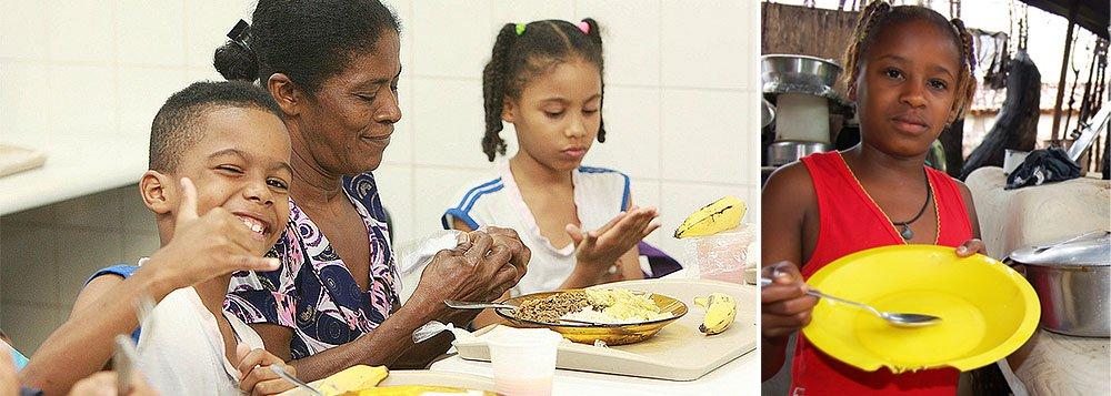 Segundo o suplemento de Segurança Alimentar da Pesquisa Nacional por Amostra de Domicílios (Pnad) 2013, divulgado hoje pelo IBGE, dos 65,3 milhões de domicílios registrados, 22,6% estavam em situação de insegurança alimentar; esse percentual era 29,5% em 2009 e 34,8% em 2004, anos anteriores da pesquisa