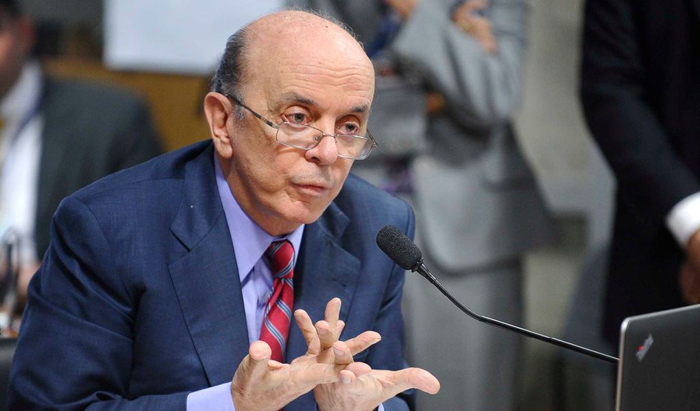 """A coordenação da FUP esteve nesta quinta (9) com o presidente Frente Parlamentar Mista em Defesa da Petrobras, Davidson Magalhães (PC do B/BA) e assessores dos senadores Roberto Requião (PMDB/PR), Lindberg Farias (PT/RJ) e Randolfe Rodrigues (PSOL/AP) para articularo """"Ato em defesa da Petrobras e da democracia"""", convocado pela Frente, que ocorrerá na próxima terça (14), na Câmara; a mobilização em defesa da empresa 100% nacional vai contar com a participação dos movimentos sociais; o MST, o MAB, UNE e a CNTE já confirmaram"""