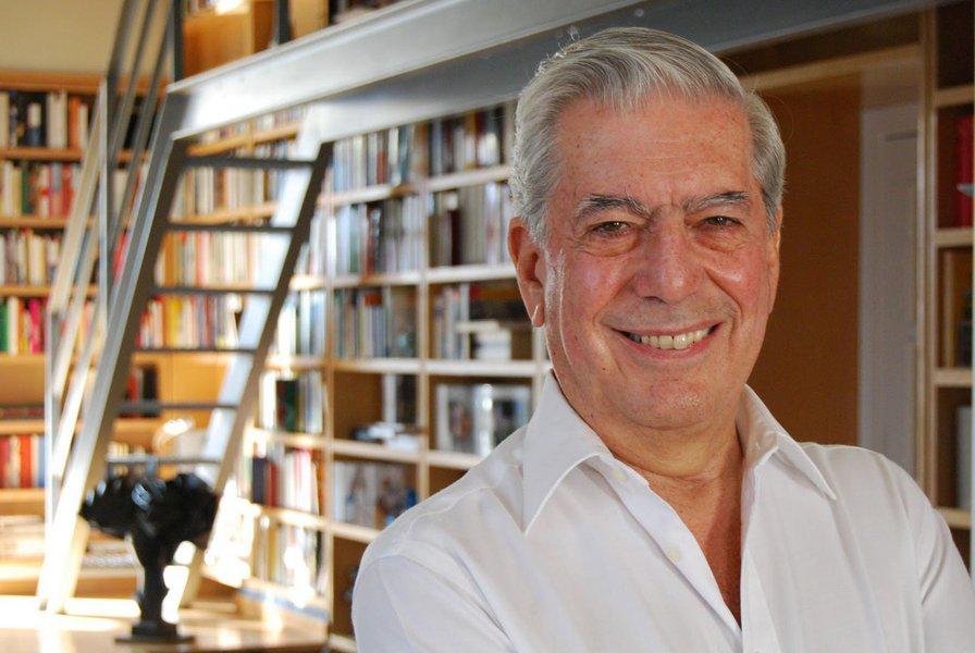 """Intelectual peruano Mario Vargas Llosa publica importante artigo em que defende a experiência uruguaia de legalização da maconha, liderada pelo presidente José Pepe Mujica; """"a medida afetará os traficantes e portanto a criminalidade derivada do consumo ilegal, e demonstrará com o tempo que a legalização não aumenta notoriamente o consumo"""", diz ele"""