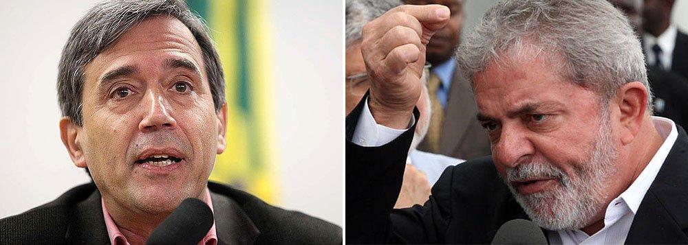 """Marco Antonio Villa prevê decadência do PT: """"Não conseguirá sobreviver sem estar no aparelho de Estado. Foram 12 anos se locupletando. A derrota petista — e, mais ainda, a derrota de Lula — poderá permitir que o país retome seu rumo. E no futuro os historiadores vão ter muito trabalho para explicar um fato sem paralelo na nossa história: como o Brasil se submeteu durante tantos anos à vontade pessoal de Luiz Inácio Lula da Silva"""""""