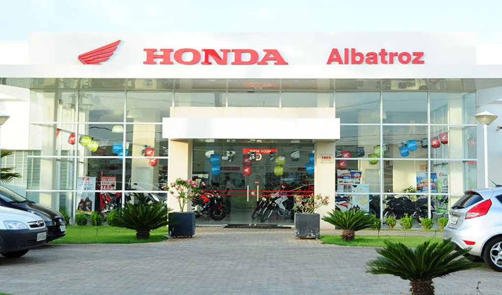A Honda Motor nomeou a primeira mulher e primeira estrangeira para fazer parte de sua diretoria e vice-presidentes operacionais, atualmente apenas de homens e japoneses;Issao Mizoguchi será uma dos 23 vice-presidentes operacionais da montadora do Japão