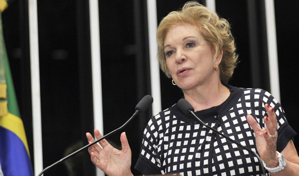 """A senadora Marta Suplicy, que deixou o PT recentemente, disse, nesta quinta-feira (2), no Recife, que está muito próxima de fechar um acordo com o PSB; """"Estou conversando com muitos partidos, mas estou muito próxima de um acordo com o PSB. Estou aqui conhecendo mais o partido"""", afirmou"""