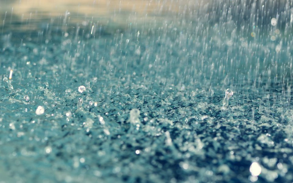 A maior precipitação ocorreu em Maracanaú, região Metropolitana de Fortaleza, com 98mm. De acordo com a Funceme, deve chover em todas as regiões do Estado durante todo o dia de hoje, o que deve ocorrer também nesta terça-feira (14)