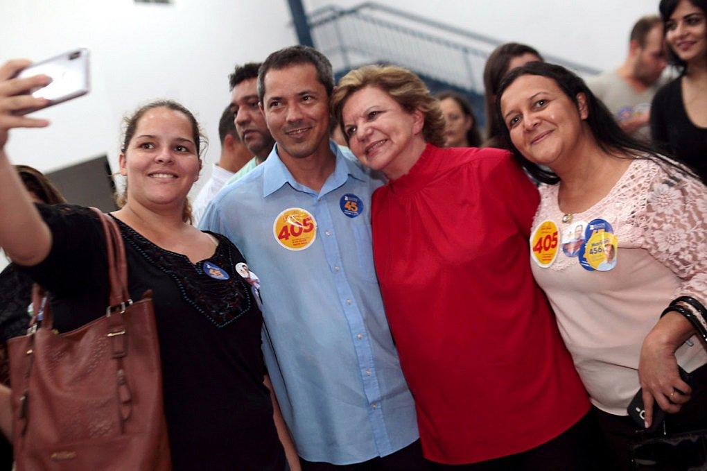 """""""Essa eleição está nas mãos das mulheres"""", diz Lúcia Vânia"""