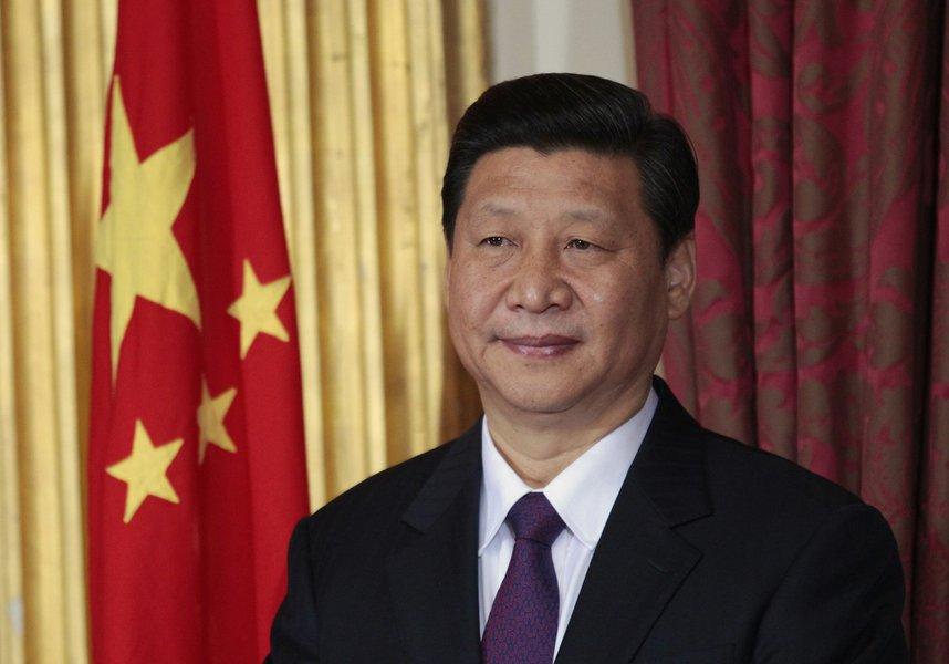 China pede a EUA que retire sanções contra companhia militar