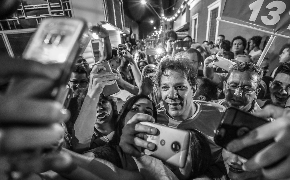 Datafolha: Haddad, que é o candidato de Lula, pode ter 49% dos votos
