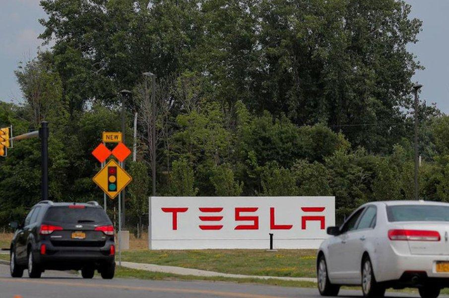 Justiça dos EUA pede a Tesla documentos envolvendo declaração de Musk sobre privatizar montadora