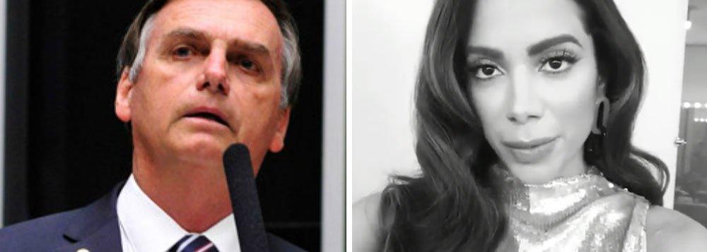 """""""Não voto em candidato machista e homofóbico"""", diz Anitta"""