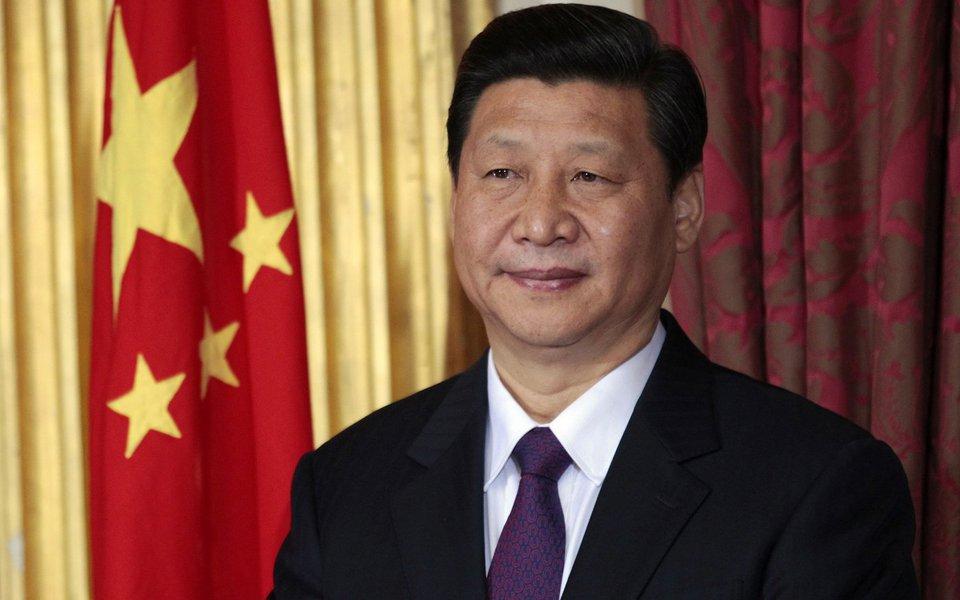 China acusa navio americano de violar sua soberania ao entrar no mar territorial