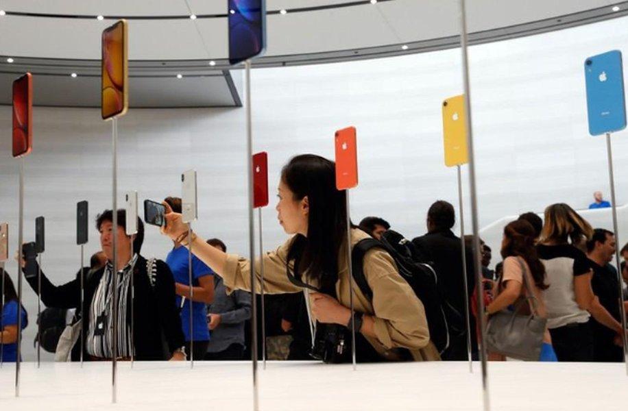 EUA poupam aparelhos da Apple em tarifas, mas atingem serviços de nuvem