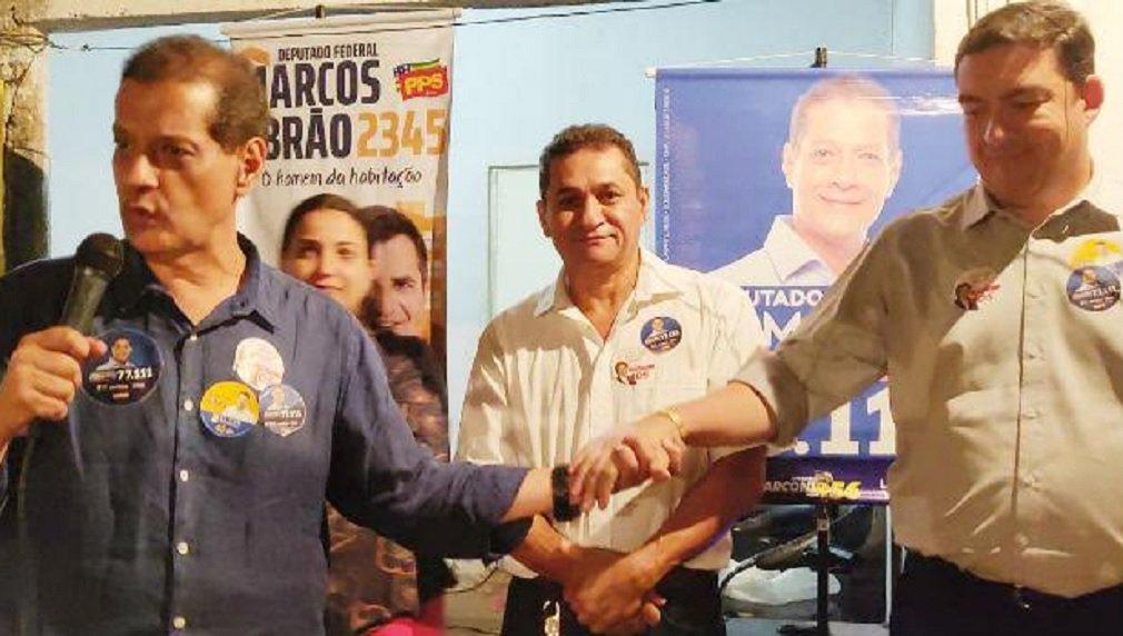 """Vitti pede votos para Armando: """"Vai me substituir à altura na Assembleia"""""""