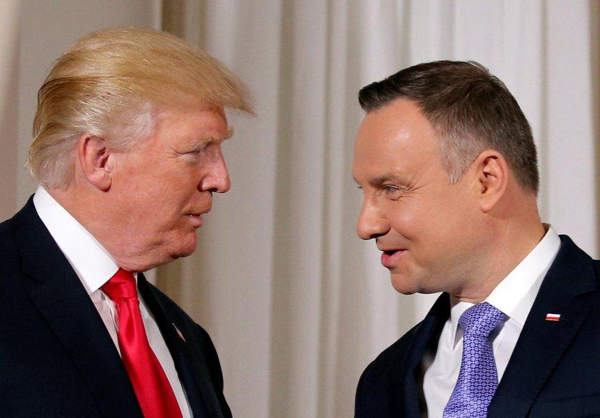 """EUA debatem construção do """"Fort Trump"""", base militar permanente na Polônia"""