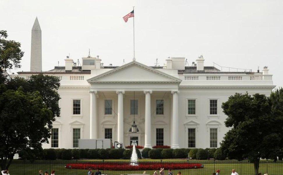 Casa Branca de Trump promete aumentar ofensiva virtual contra hackers