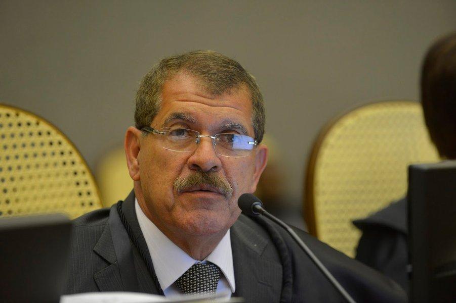 Juiz não deve apoiar candidato nas redes sociais, diz corregedor