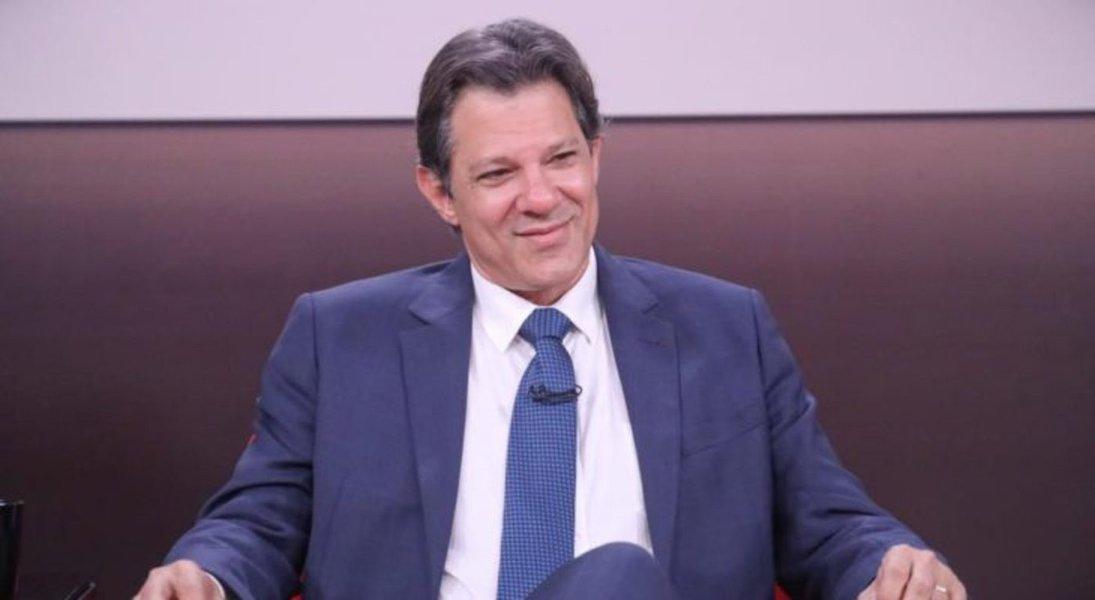 Haddad participa do primeiro debate de candidatos à Presidência. TV 247 transmite
