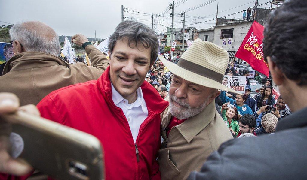 Capacidade de Lula de transferir voto começa a tomar conta dos prognósticos