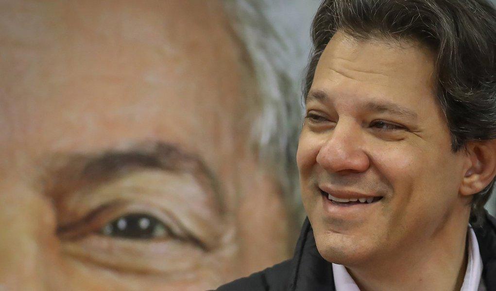 Haddad: eu e o PT temos compromisso moral com a candidatura Lula