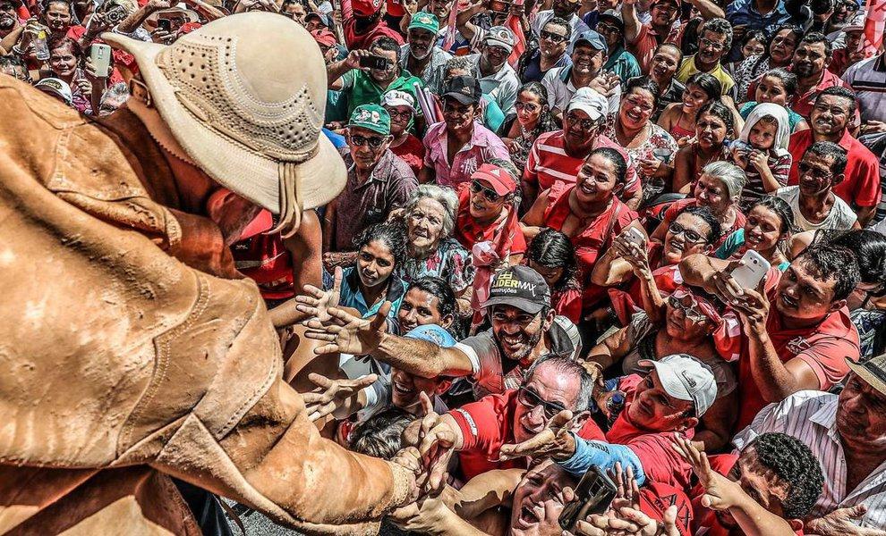 Ceia de Natal com Lula em Curitiba terá representantes de todo o país
