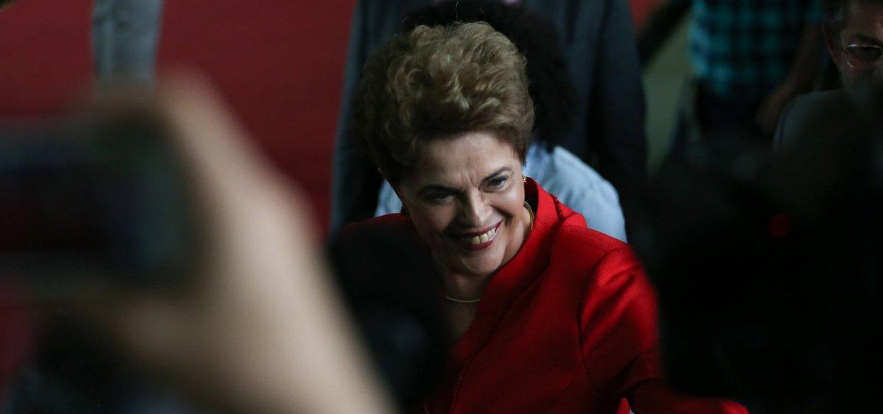 Dilma se consolida na liderança pelo Senado em Minas Gerais