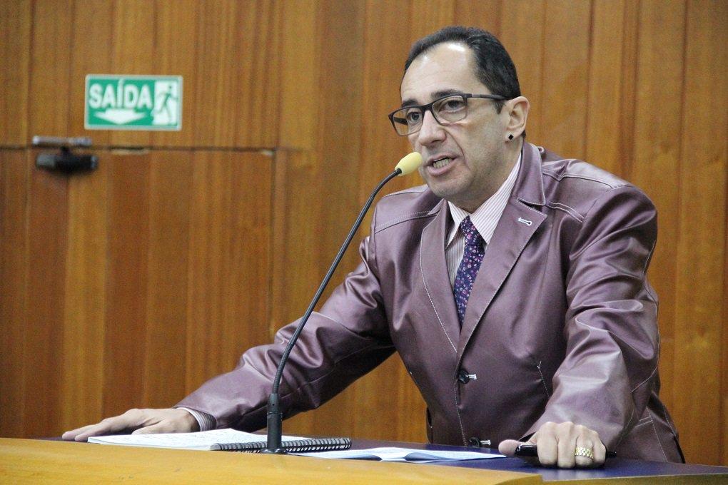 Kajuru é condenado ao 3º direito de resposta para Marconi