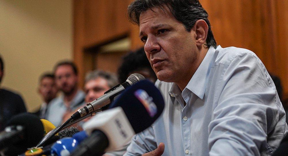 Haddad: erramos ao não promover a reforma política