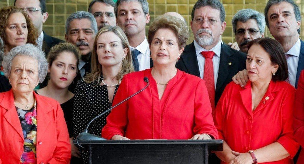 Dilma se antecipa para evitar risco de prisão