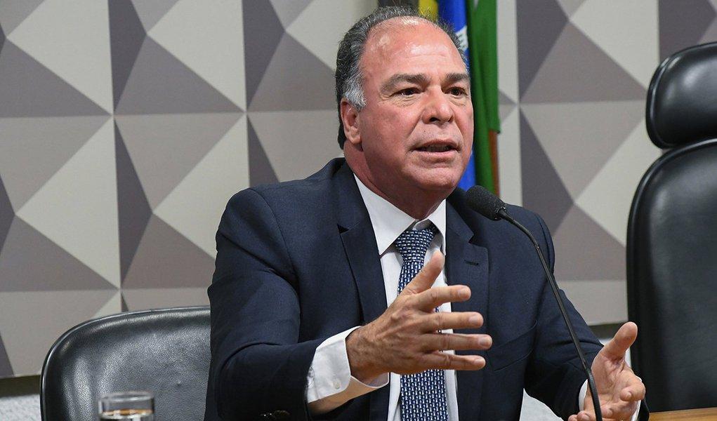 Com debandada de Jucá, FBC deve ser o novo líder do governo Temer no Senado