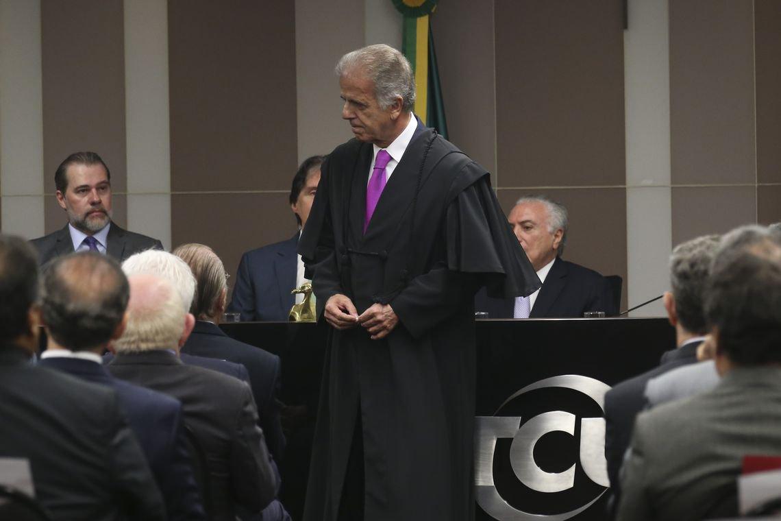 Com Moro na plateia, Múcio agradece a Lula ao tomar posse da presidência do TCU