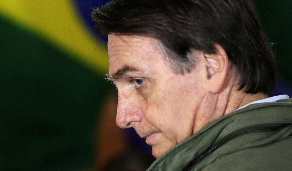 Primeira semana de Bolsonaro eleito foi um pesadelo para o país