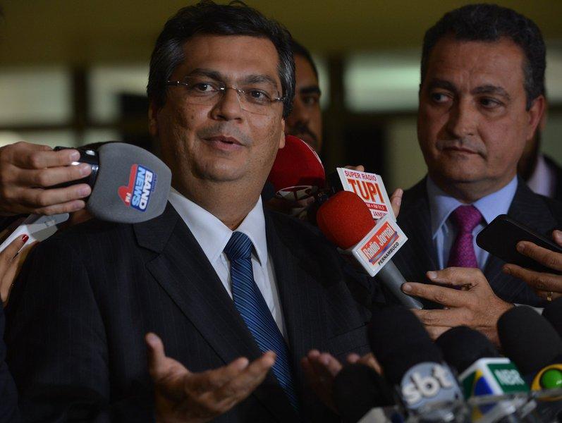 'Reforma dificilmente será aprovada nestes moldes', diz Dino