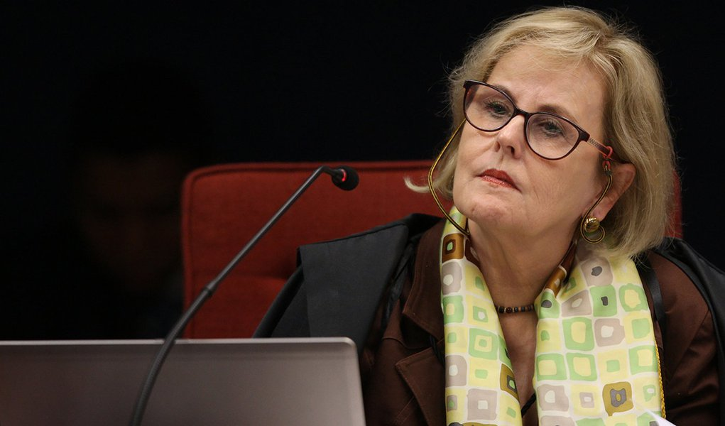 Em coletiva vazia, Rosa Weber não anuncia medidas contra o Bolsolão