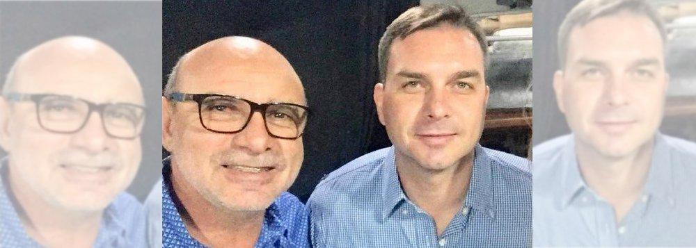 Caso Bolsonaro-Queiroz preocupa militares, diz Camarotti