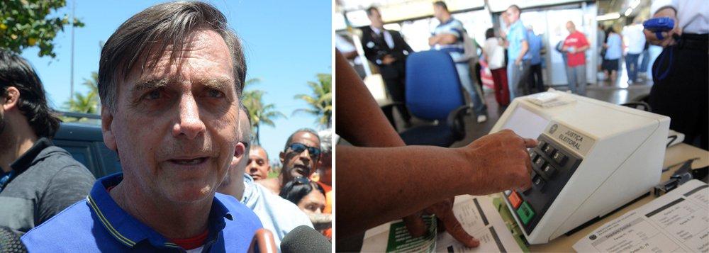 Bolsonaro volta a insinuar que sistema de votação brasileiro gera fraudes