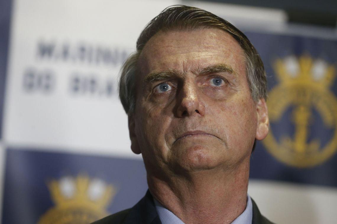 Bolsonaro admite que sonegou informação sobre empréstimo no seu IR